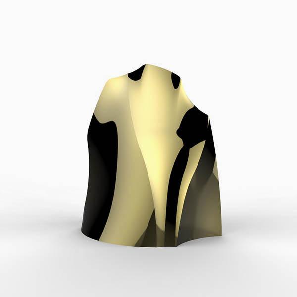 Modern gold sculpture by Hong Kong artist Alvin Mak.